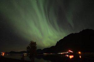 Noorderlicht op de Lofoten, Noorwegen, Fru Amundsen
