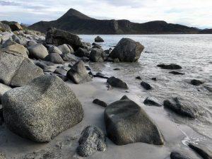 De buitenkust op de Lofoten, Noorwegen, Fru Amundsen