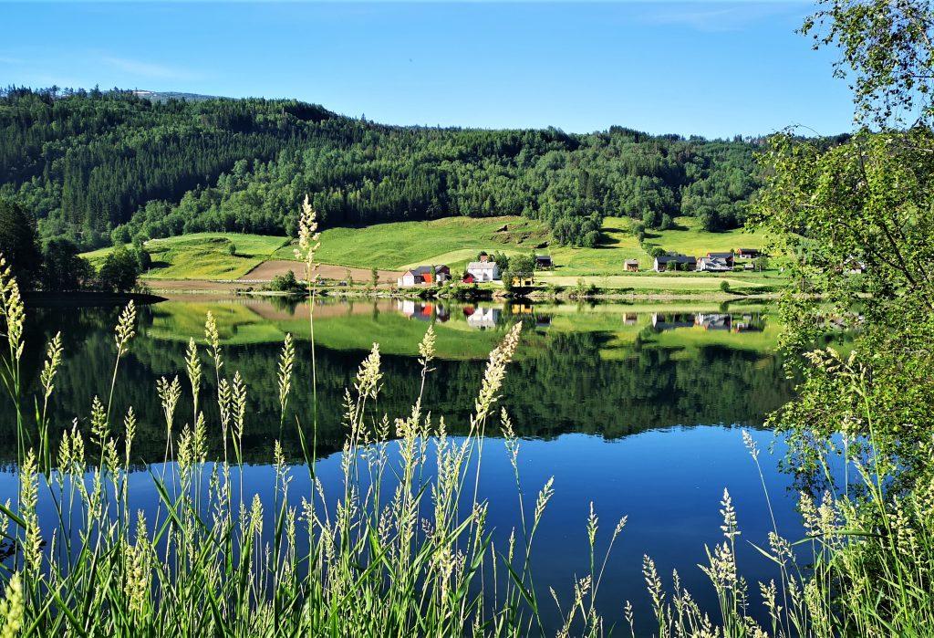 Proef de Lente: ontdek de Noorse fjorden